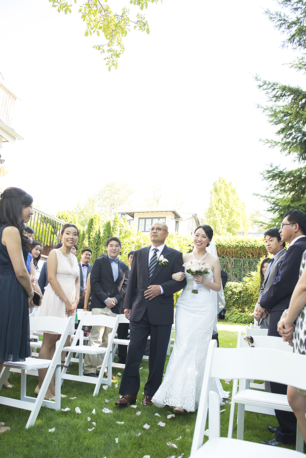 lestelle_vancouver_UBC_backyard_wedding_em_27