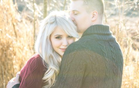 Golden Winter Love | Allie & Brad